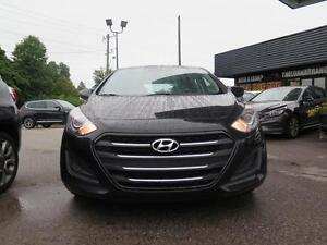2016 Hyundai Elantra A/T Cambridge Kitchener Area image 2