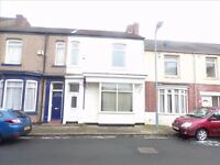 1 double bedroom left available to rent by a student in four bedroom fully furnished student house.