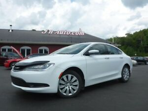 2015 Chrysler 200 LX, Bas millage,1 proprio