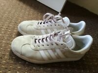 Adidas gazelles trainers size 5.5 male but also suitable for women