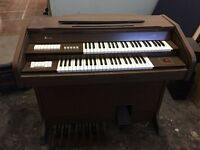 Jen C-275 Electric Organ, roll top, good condition.