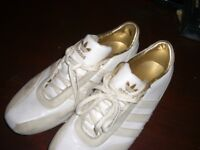 ADIDAS TRAINERS * TOO SMALL WORN FOR 30 MINS * SIZE 7.5 -