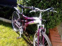 """Ladies/girls bike 26"""" wheels"""