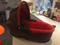 Quinny Buzz Carrycot with Adaptors & Rain Cover