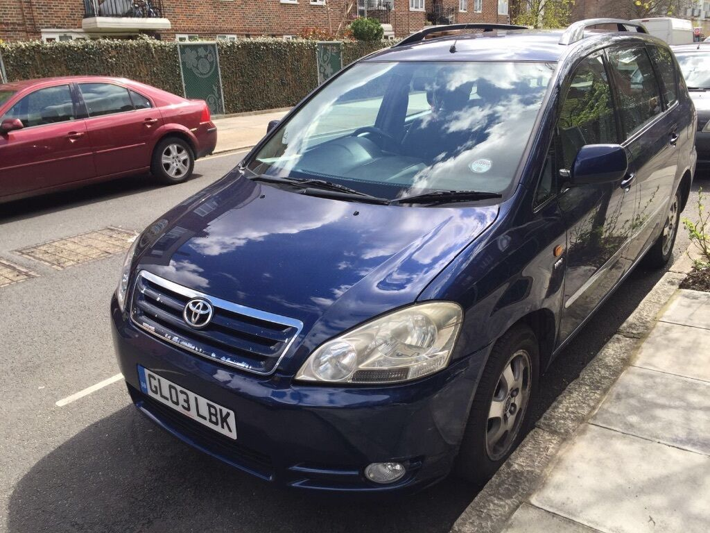 toyota avensis verso auto mpv full history 7 seater family car automatic in bow london gumtree. Black Bedroom Furniture Sets. Home Design Ideas