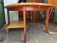 A VINTAGE/ANTIQUE MID-CENTURY G-PLAN 6/8 SEATER EXTENDING DINING TABLE FREE LOCAL DELIVERY
