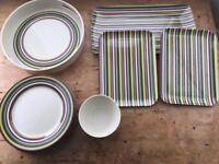 Outdoor tableware (14 pieces)