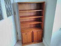 Sutcliffe 252 bookcase