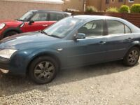 Ford Mondeo 1.8 Zetec 16v / 5 door hatchback/Tow Bar and Electrics/ Very High Spec.