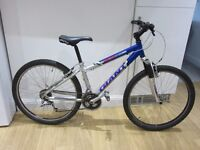 GIANT BOULDER ALU LITE BLUE AND SILVER UNISEX MOUNTAIN 14'' FRAME 26'' WHEELS