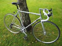 Racing road bike - 56cm frame