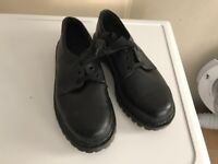 SAFETY BOOTS SHOES SIZE 7 BRAND NEW NEVER WORN