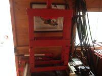 4 tonne press