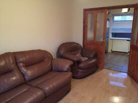 Excellent 3 bedroom property seymour hill dunmurry