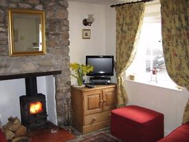 Blagdon. Close to Bristol, Bath and Wells. Pretty one bedroom detached cottage