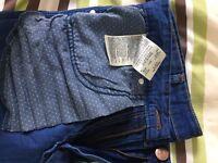 Rare Wrangler light blue jeans W33 L34.
