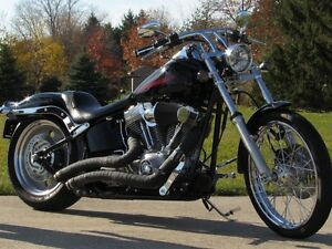 2007 harley-davidson FXST Softail   $4,000 In Options and Custom London Ontario image 1