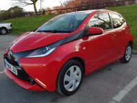 2016 (66) Toyota Aygo X-Play Vvt-I - 68 BHP 1L - Petrol - Manual - 1 Owner - Red ** 2K MILES ONLY **