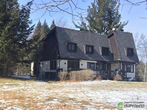 499 000$ - Maison 2 étages à vendre à Lac-Brome