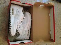 Nike Boys' Air Max 90 Ltr (Gs) Trainers
