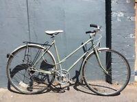 Vintage Dawes Finesse Ladies Town Bicycle