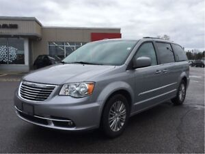 2016 Chrysler Town & Country TOURING L * LEATHER*POWER SLIDERS*