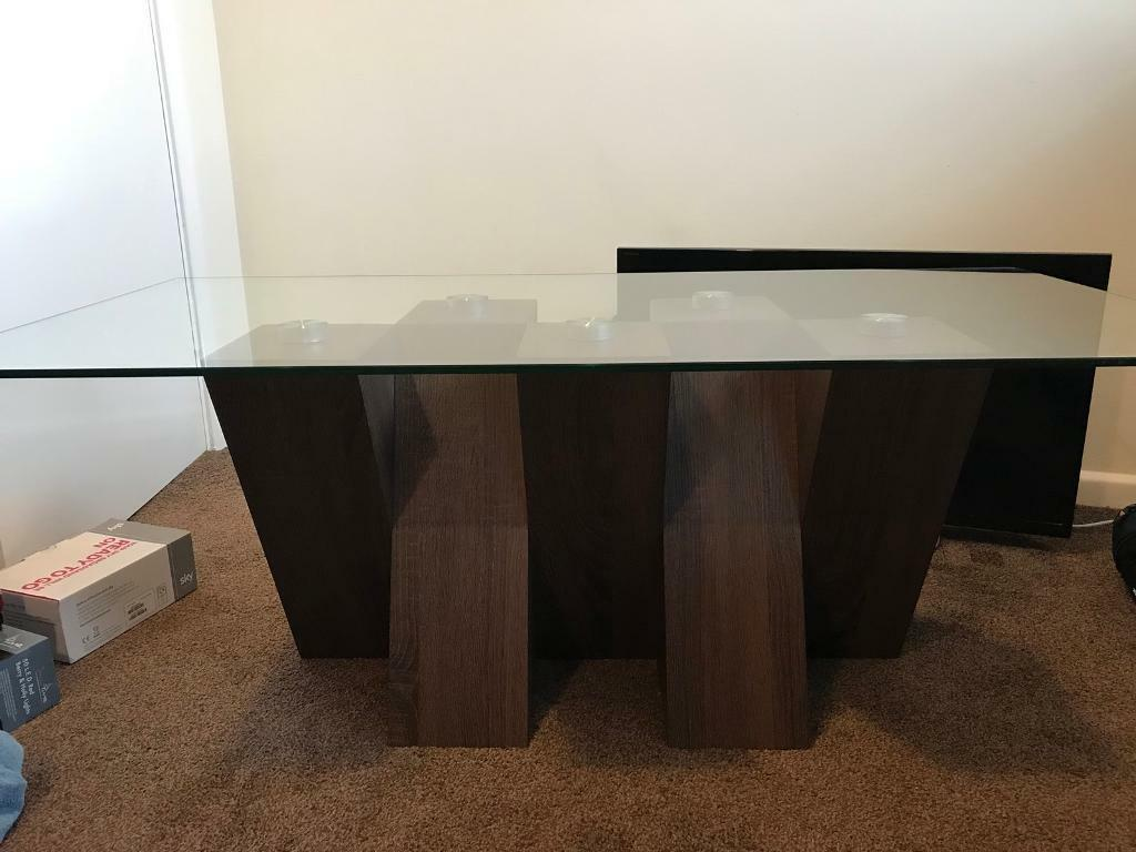 Harveys Dark Oak Coffee Table Used Image 1 Of 4
