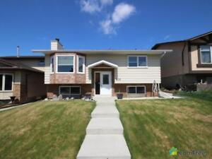 $454,900 - Bi-Level for sale in Calgary - Northeast