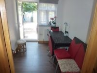 5 BEDROOM Terraced House to Rent | Wickford Street, near Whitechapel/Bethnal Green E1