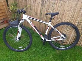 Specialized hardrock in very good condition little used bought new 2 years ago