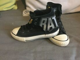 Kids converse that are black with batman theme