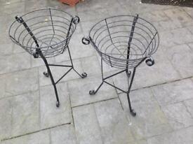 2 Decorative black iron planters
