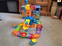Toot Toot Construction set with dumper truck