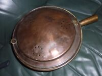 VINTAGE BRASS/COPPER BED WARMER WITH LID