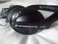 SENNHEISER HD 202 HEADPHONES AS NEW