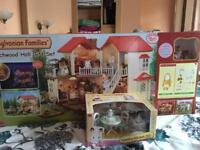 Sylvanian Families Beechwood Hall Gift Set(5172)+ Country Kichen Set(5033).