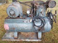 INGERSOLL RAND compressor single phase (13amp / 240v))