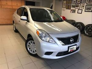 2014 Nissan Versa SV 1 OWNER LOCAL TRADE!!