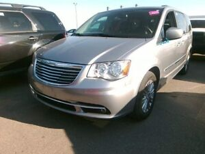 2016 Chrysler Town & Country LEATHER /NO PAYMENTS FOR 6 MONTHS!