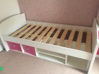 Children's single bed
