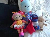 In the night garden - 3 cuddly toys and dress up outfit