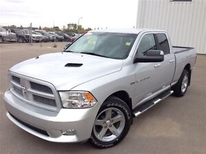 2011 Ram 1500 Sport =-Low kms! Leather!!