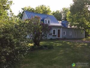 189 900$ - Maison 2 étages à vendre à St-Barthelemy