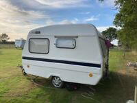 Freedom sunseeker retro small caravan with accessories