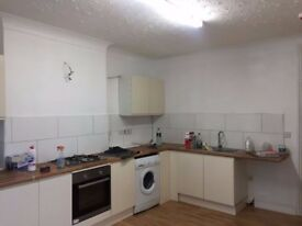 Newly Refurbished 5 Bedroom Flat with HMO Licence