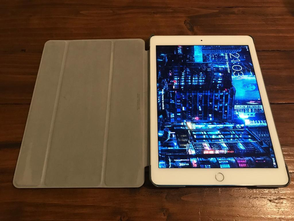 Apple IPad Air Silver (wi-fi) 64GB