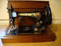Beautiful Vintage Singer Sewing Machine in Original Timber Case.