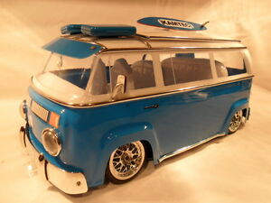 BAY-WINDOW-CAMPER-VAN-Volkswagen-Bus-Kamtec-Lexan