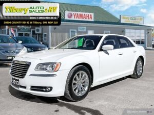 2013 Chrysler 300 Touring *TOUCH SCREEN. USB, AUX*