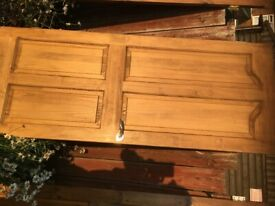Internal door, only 1 left, made of solid wood, very good condition £10. Priced to go.